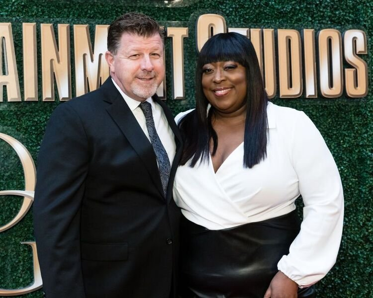 James Welsh and Loni Love attend Byron Allen's 4th Annual Oscar Gala. | Source: Getty Images/GlobalImagesUkraine