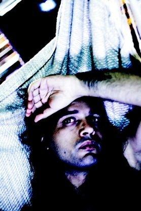 Joven con problemas de insomnio | Foto: Flickr