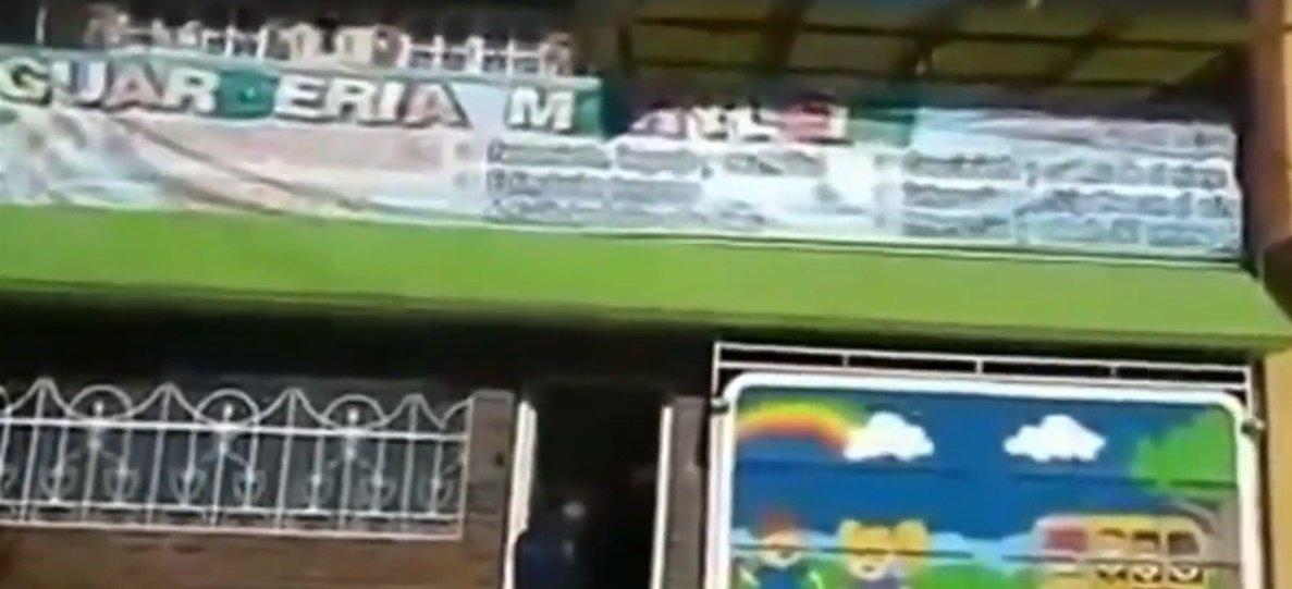KiTa-Gebäude | Quelle: YouTube/Primer Impacto
