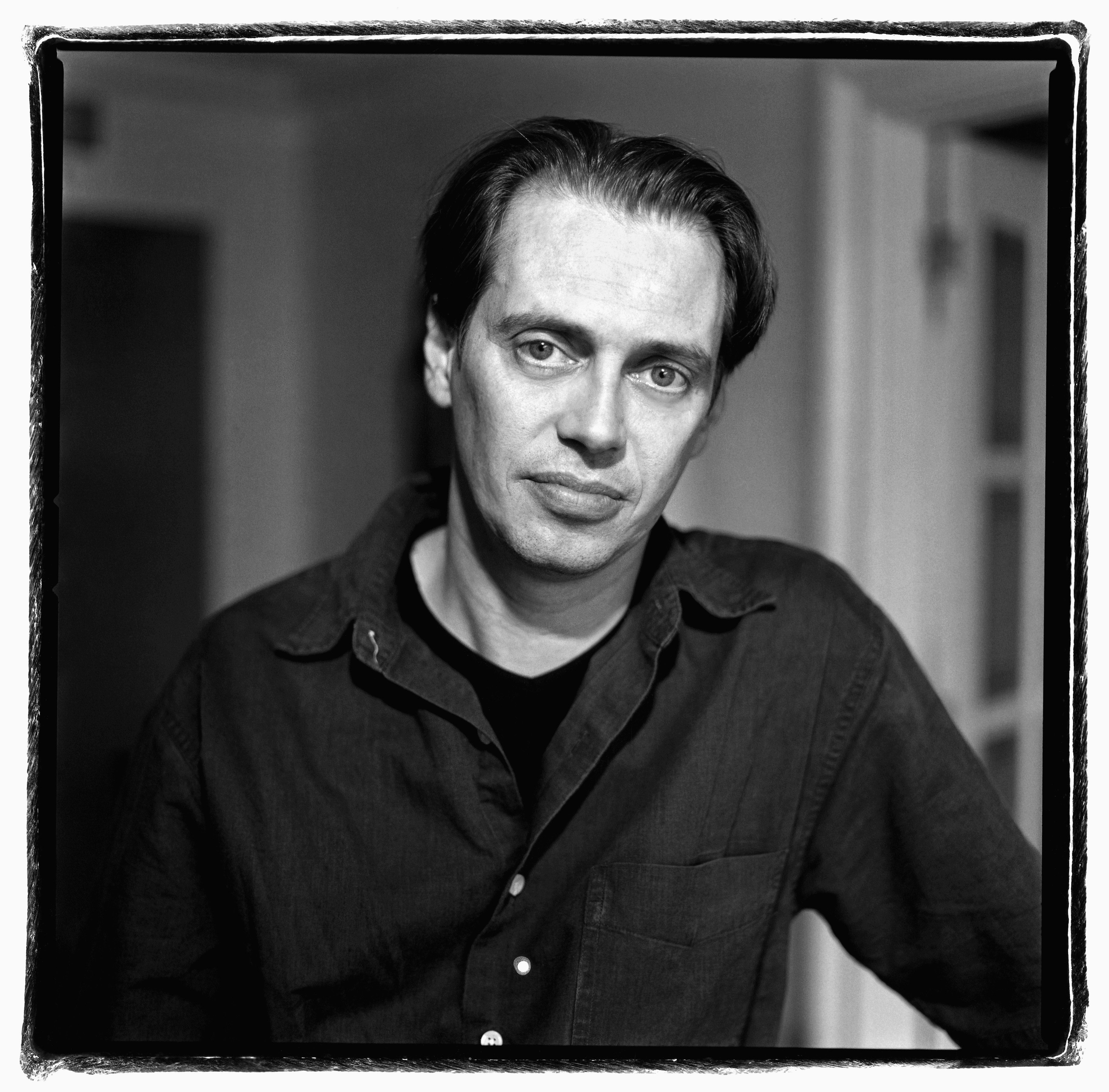 Steve Buscemi during Steve Buscemi, Self Assignment, January 1, 2002 at Steve Buscemi by George Pimentel in Toronto, Ontario, Canada | Photo: GettyImages