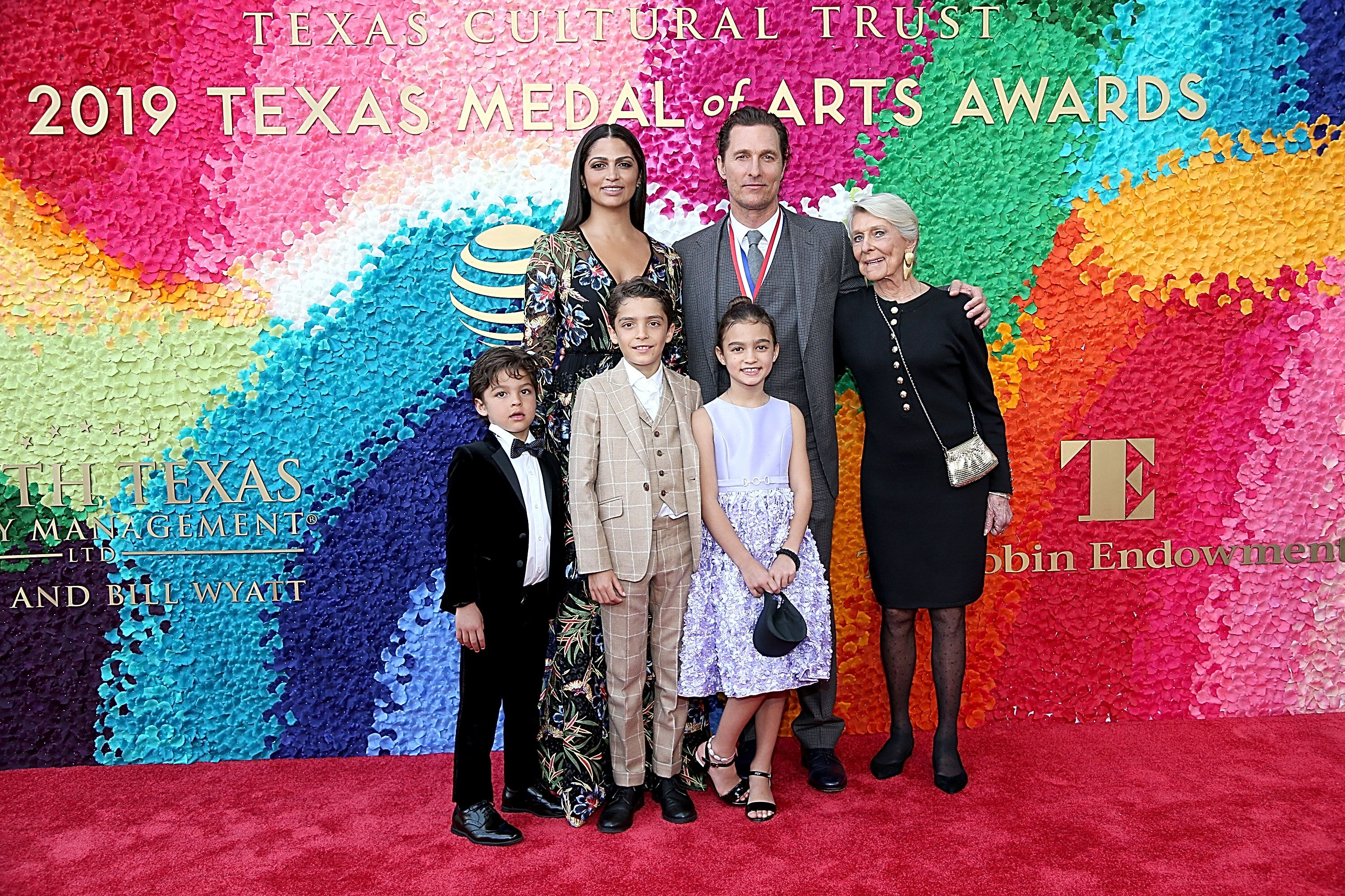Matthew McConaughey, his wife Camila Alves, his mother Kay and his children at the Texas Medal Of Arts Awards in 2019 | Source: Getty Images