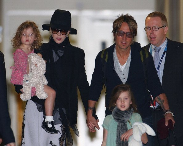 Nicole Kidman and Keith Urban arrive with daughters Faith Urban and Sunday Rose Urban at Sydney International Airport in Sydney, Australia. | Photo: Getty Images