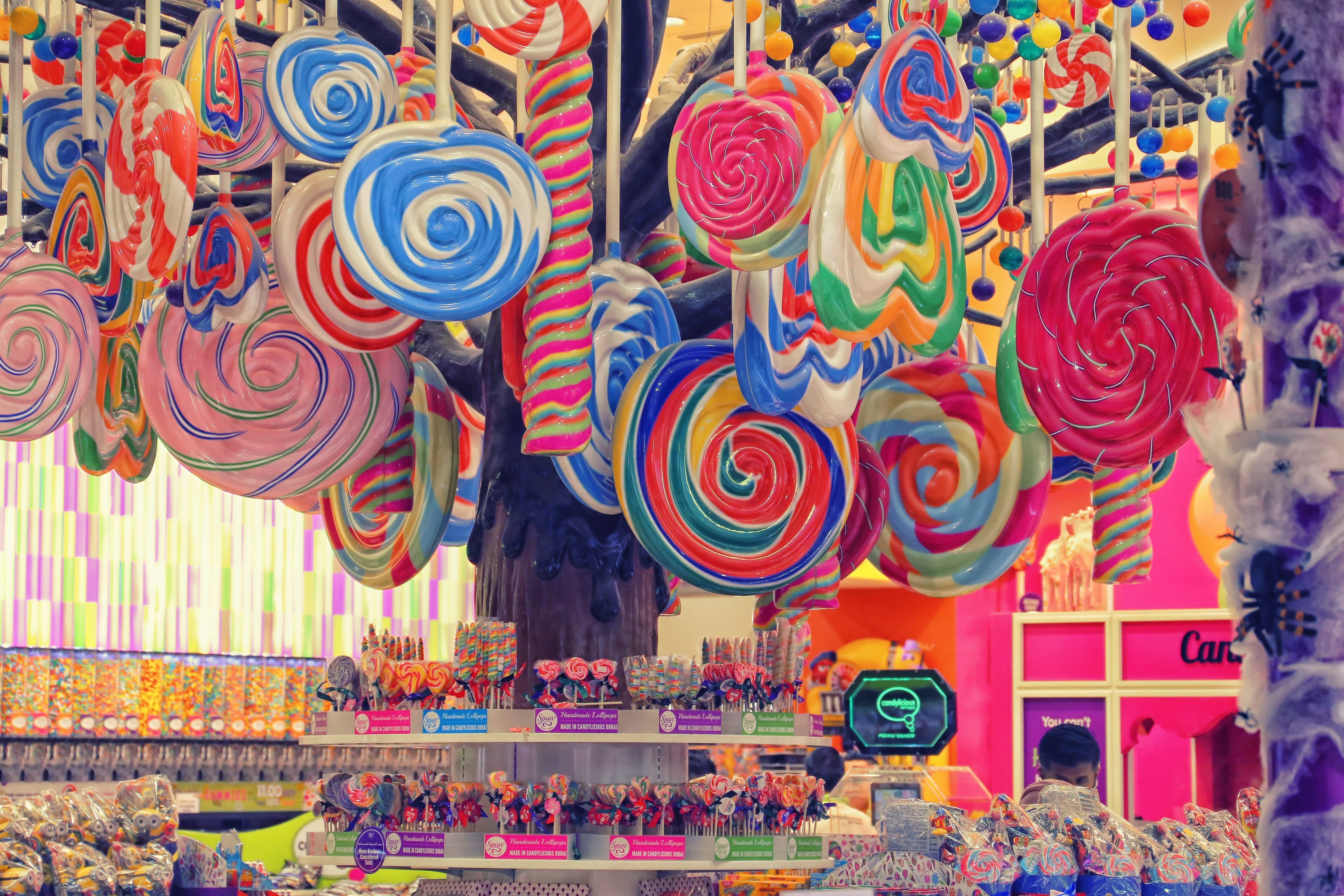 An assortment of sweets in a candy shop. | Source: Unsplash