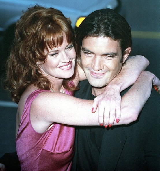 Melanie Griffith and Antonio Banderas at the Los Angeles premiere of 'Desperado', 21st August 1995 | Photo: Getty Images