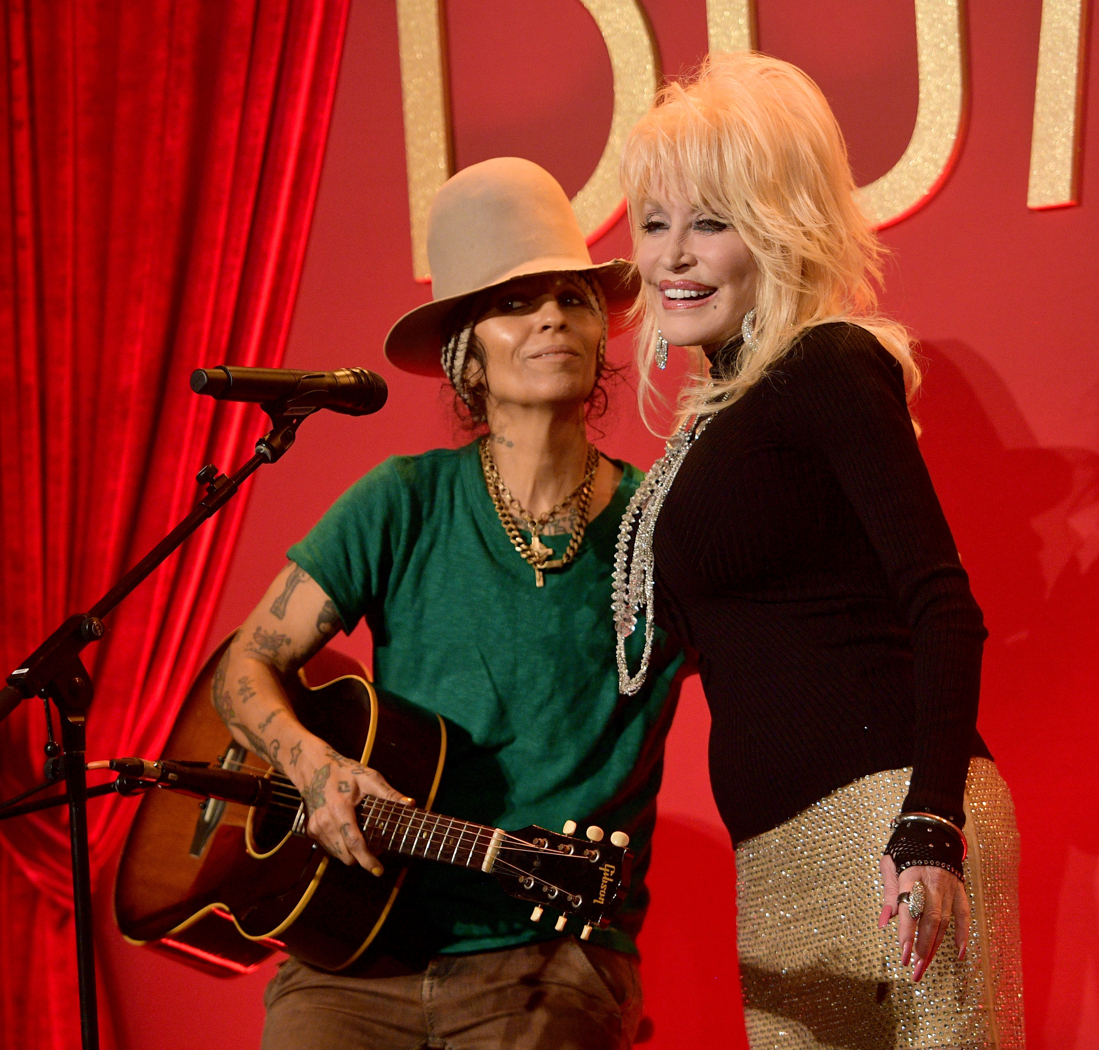 Linda Perry and Dolly. Image Credit: Getty Images