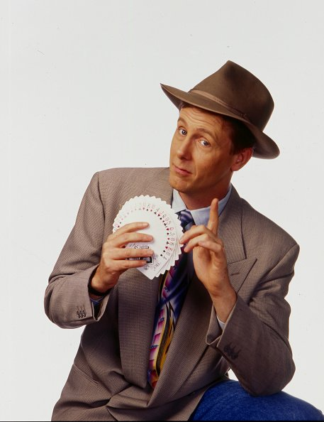 American actor and magician Harry Anderson (1952 - 2018) in Los Angeles, California, 1987 | Photo: Getty Images