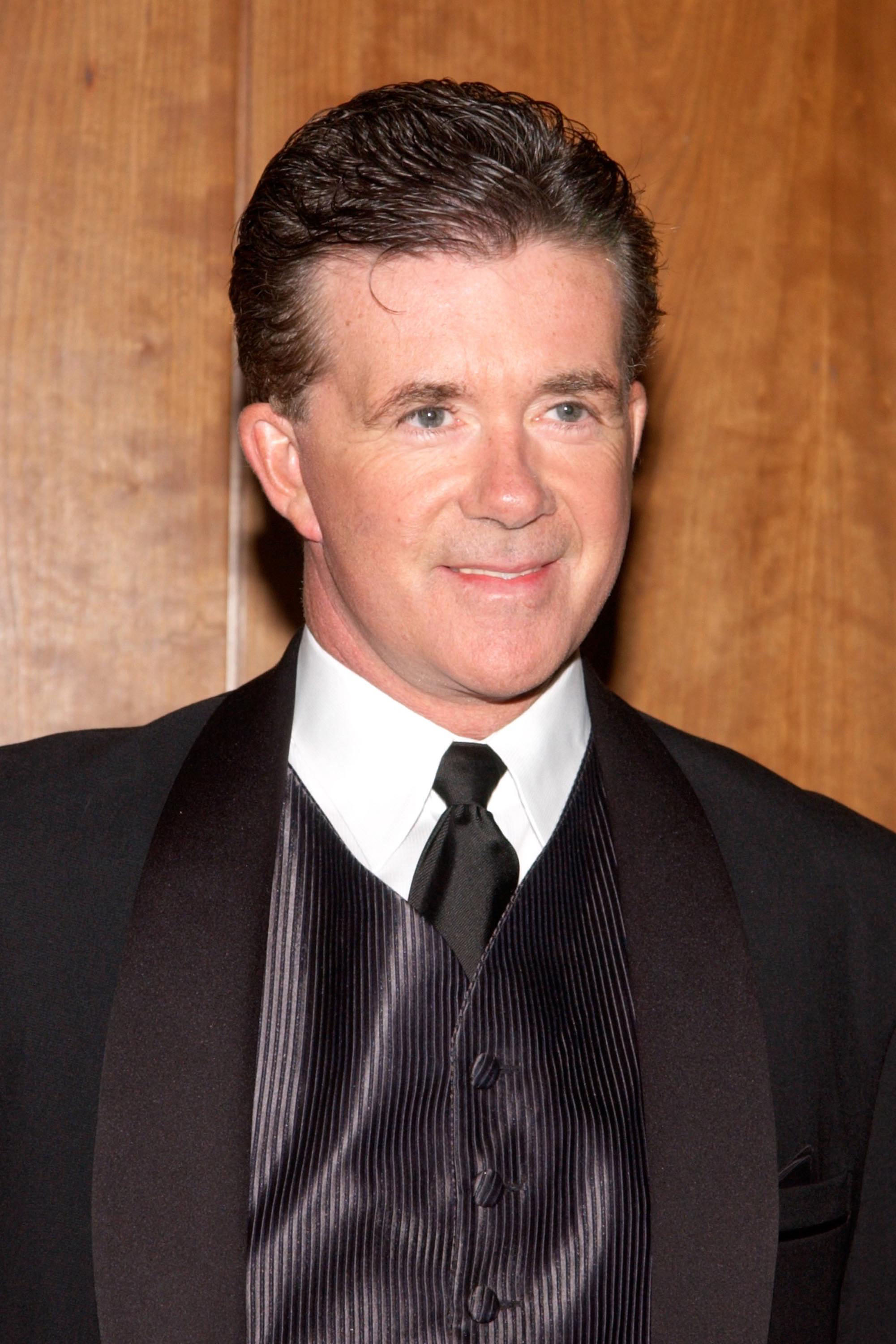 Alan Thicke arrives at the Heroes in Uniforms Charity Hockey Tournament and Gala March 22, 2002 in New York City | Photo: GettyImages