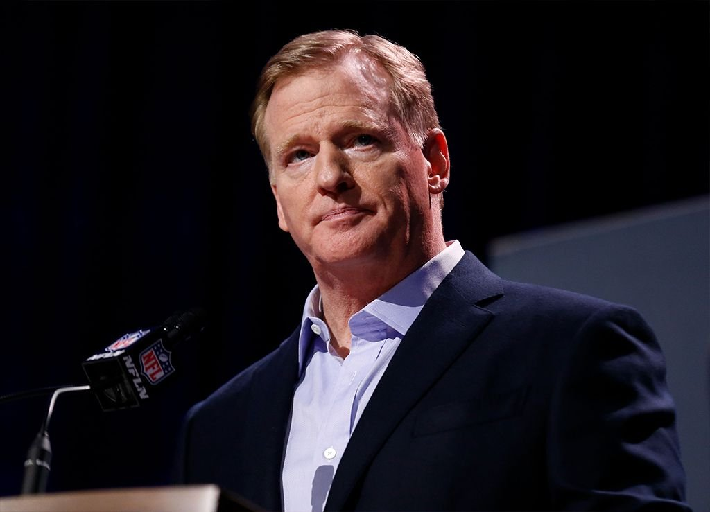 NFL Commissioner Roger Goodell speaking at a press conference during the Super Bowl LIII Week at he Georgia World Congress Center in Atlanta, Georgia | Photo: Mike Zarrilli/Getty Images