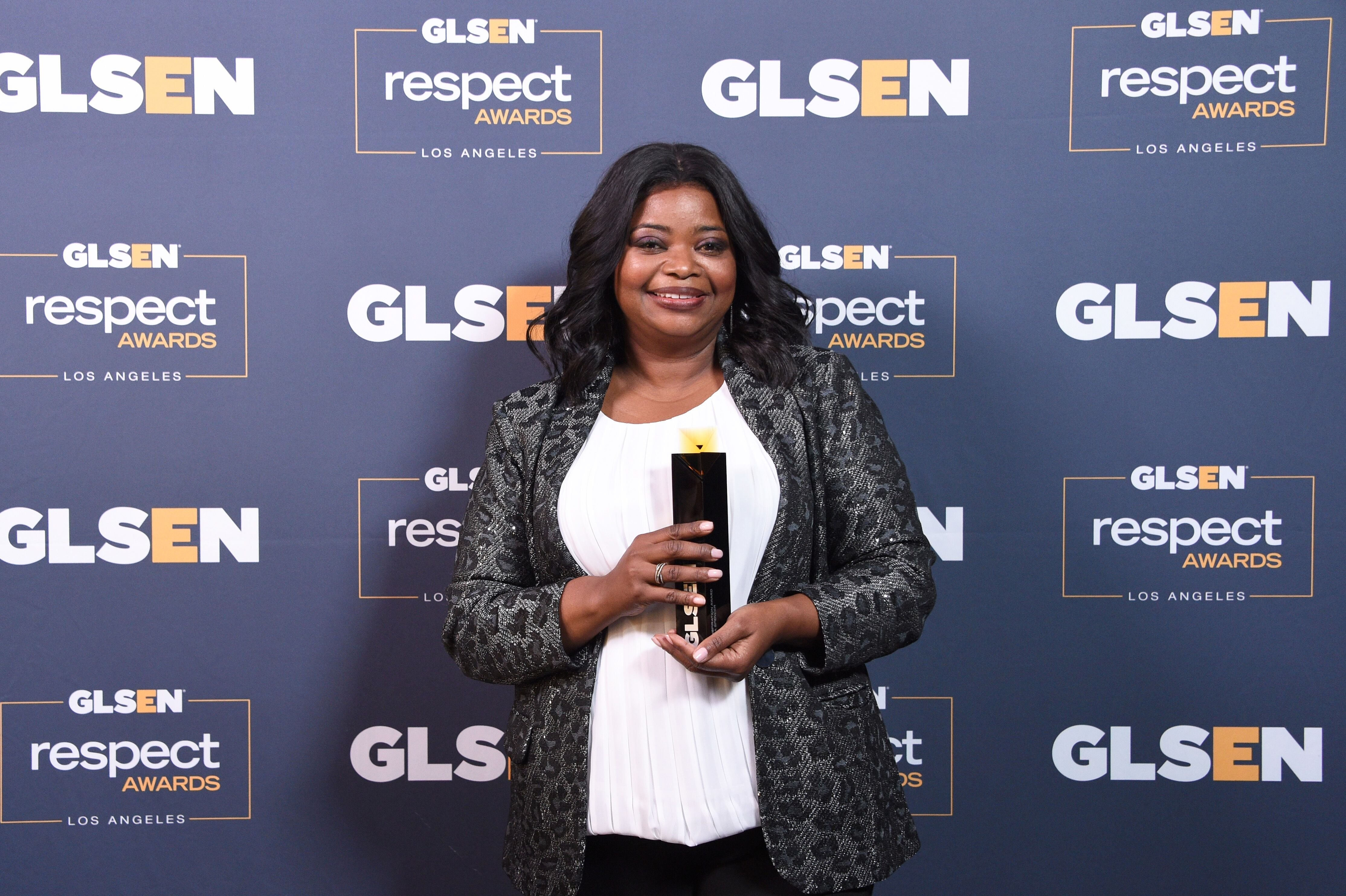 Octavia Spencer with her 2019 GLSEN Respect Award in Los Angeles | Source: Getty Images/GlobalImagesUkraine