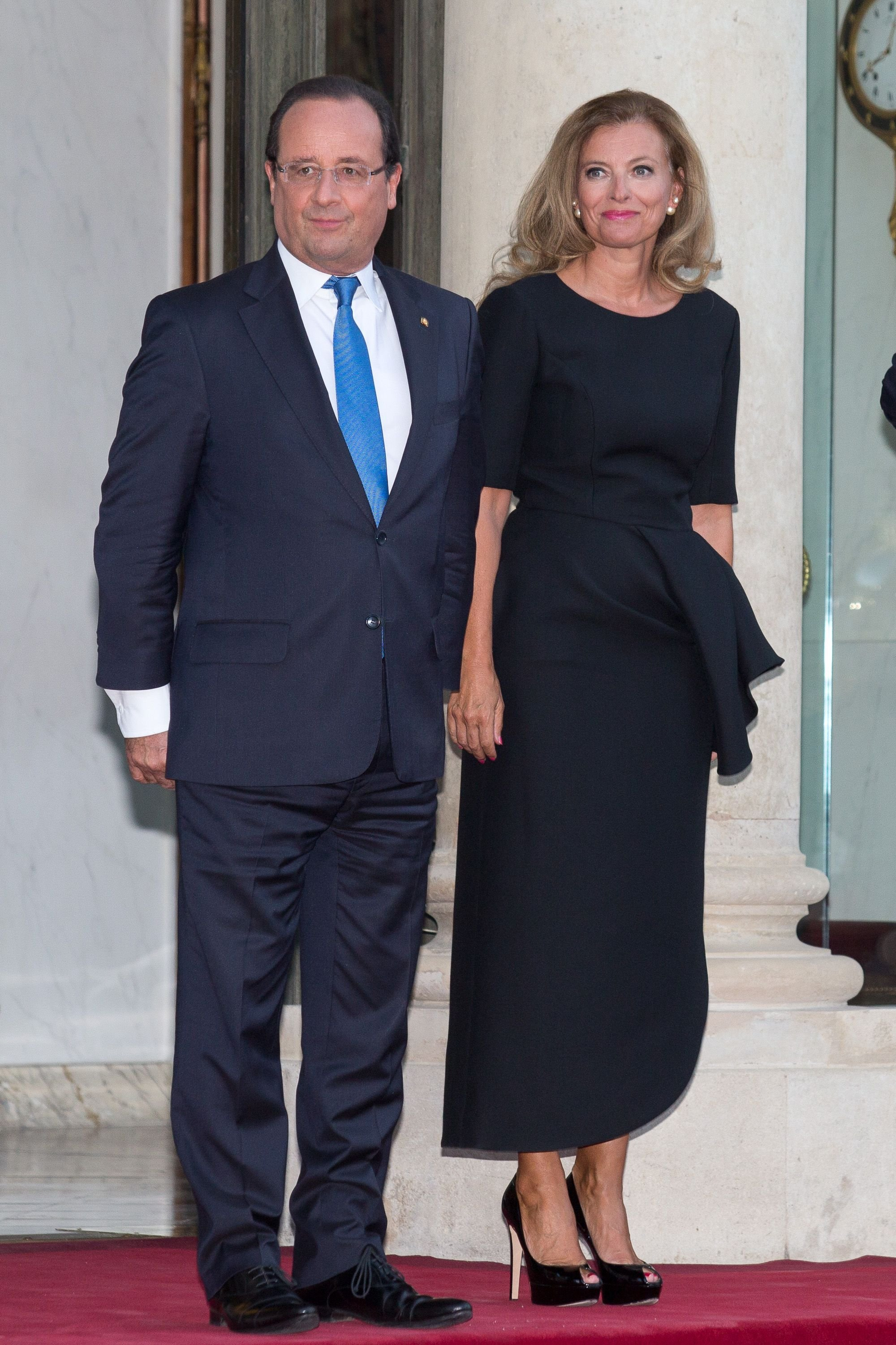 François Hollande et sa compagne Valérie Trierweiler à l'Elysée le 3 septembre 2013 à Paris, France. | Photo : Getty Images