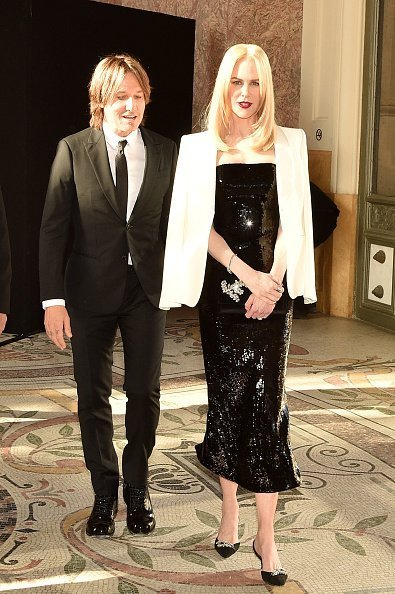 Nicole Kidman and husband Keith Urban attend the Giorgio Armani Prive Haute Couture Fall/Winter 2019 2020 show as part of Paris Fashion Week | Photo: Getty Images
