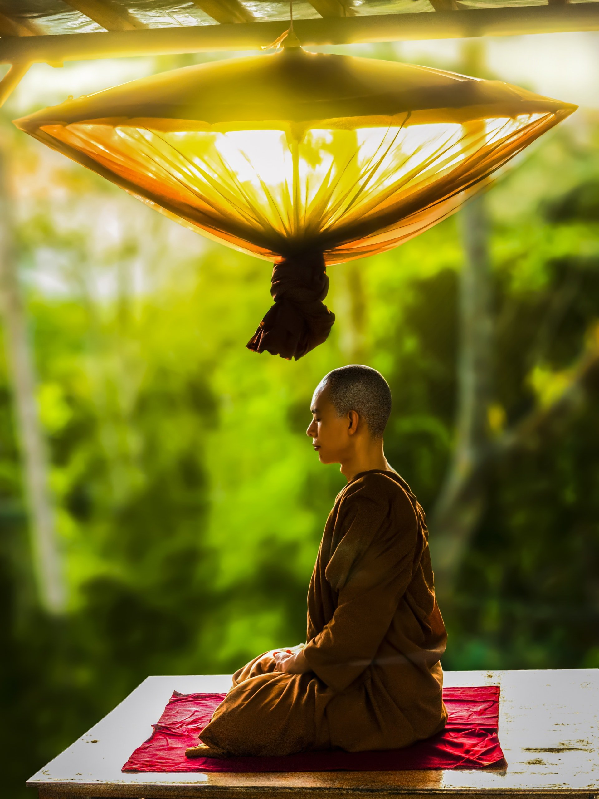 Photo of a monk meditating | Photo: Pexels