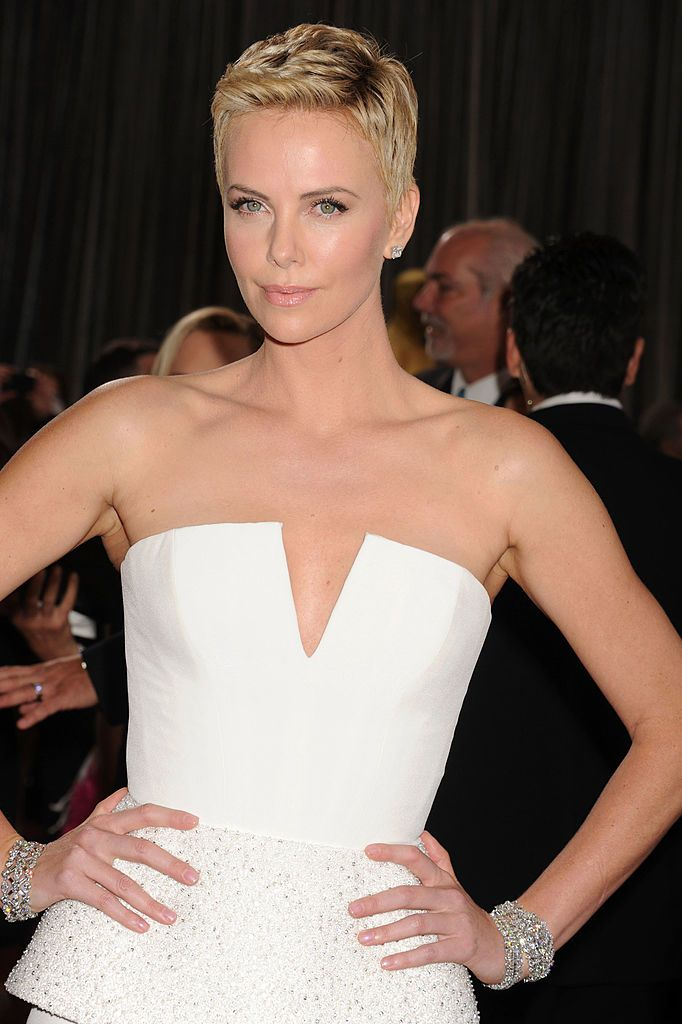 Charlize Theron at the 85th Annual Academy Awards on February 24, 2013, in Hollywood, California | Photo: Jeffrey Mayer/WireImage/Getty Images