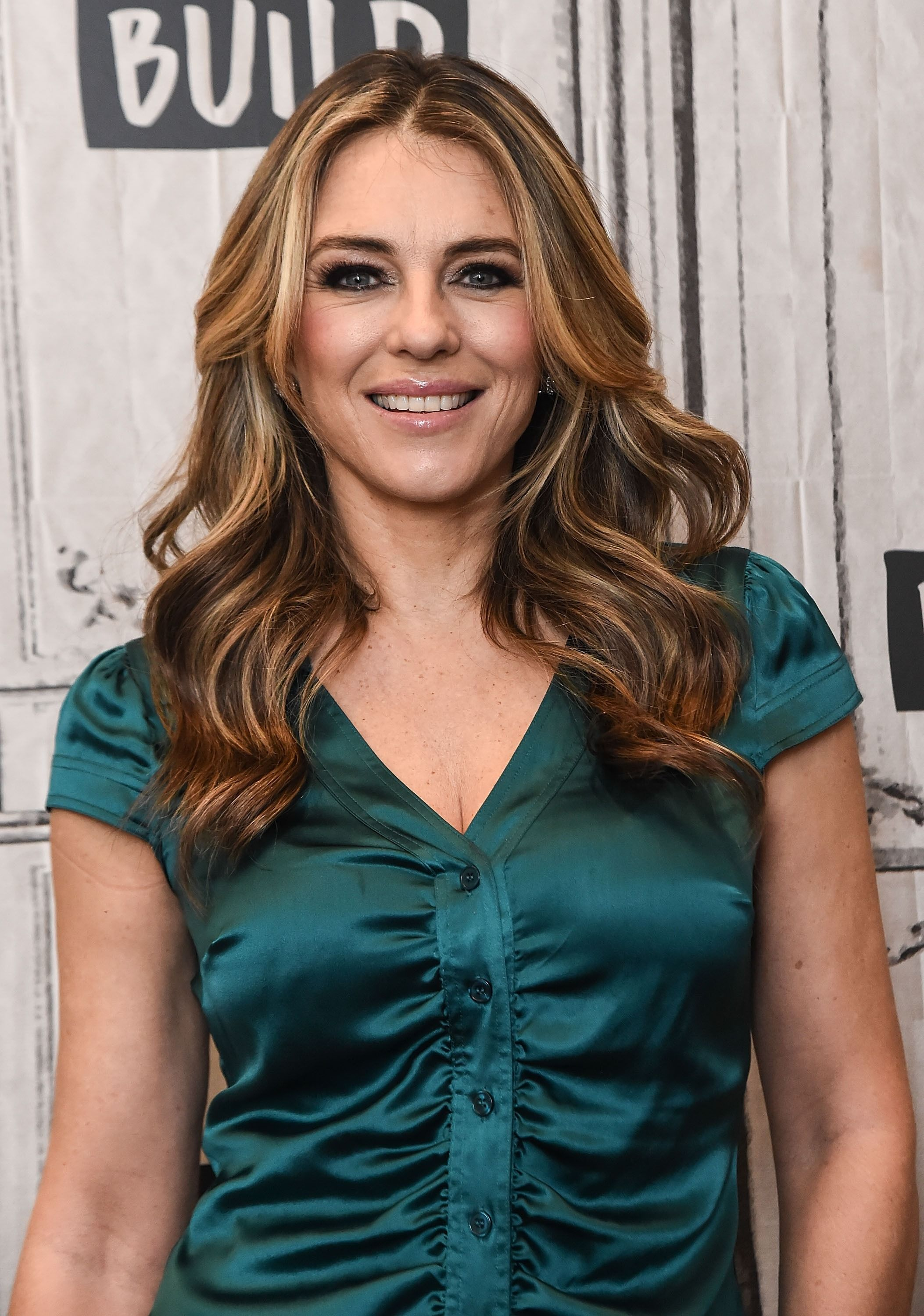 Elizabeth Hurley at the Build Studio to discuss 'The Royals.' Source | Photo: Getty Images