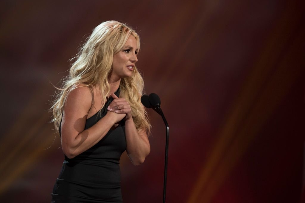 Britney Spears at the 2017 RDMA 'Icon' Award on Sunday, April 30, 2017   Photo: Getty Images