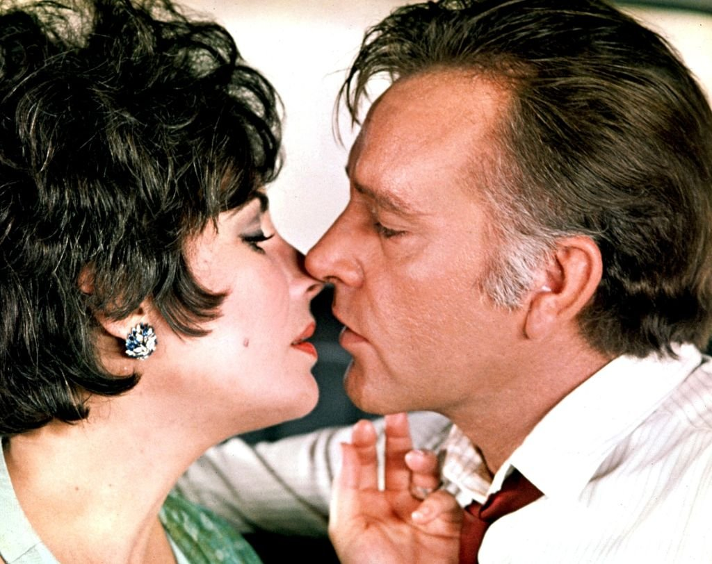 Elizabeth Taylor and Richard Burton in the film ''The Comedians'', directed by Peter Glenville in 1967. | Source: Getty Images