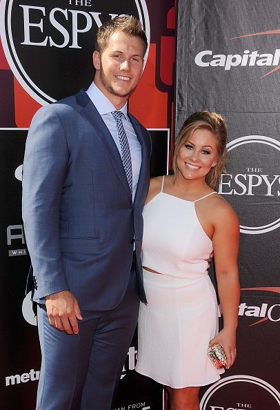 Gymnast Shawn Johnson and her husband, Andrew East, at The 2015 ESPYS in Los Angeles, California.| Photo: Getty Images.