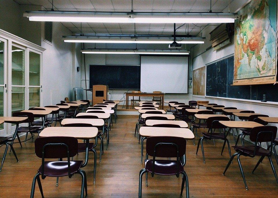 Salón de clases. | Imagen: Pixabay