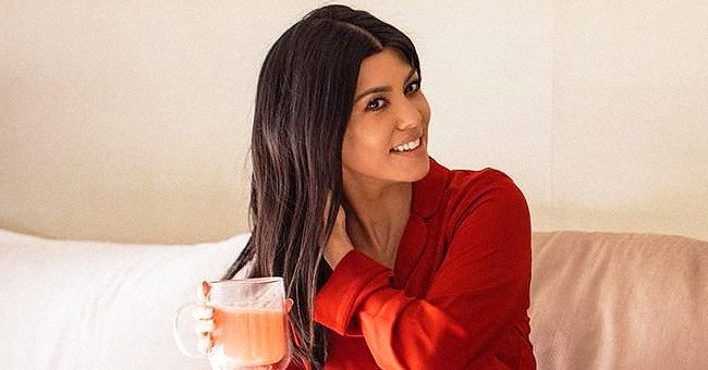 Kourtney Kardashian from KUWTK Goes Barefaced in Morning Bed Selfie with Daughter Penelope Disick