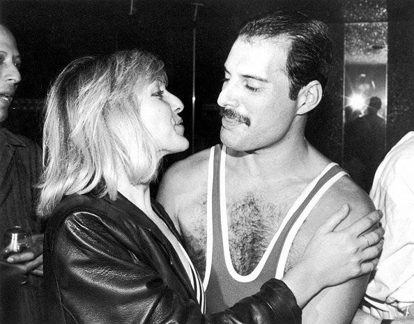 Freddie Mercury and Mary Austin at the Xenon nightclub, London, UK, in September 1984. | Photo: Getty Images