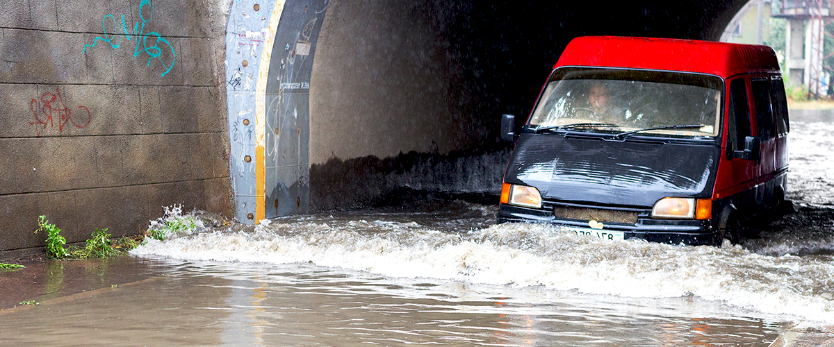 Espagne : D'importantes inondations ont fait cinq morts et 3 500 évacués