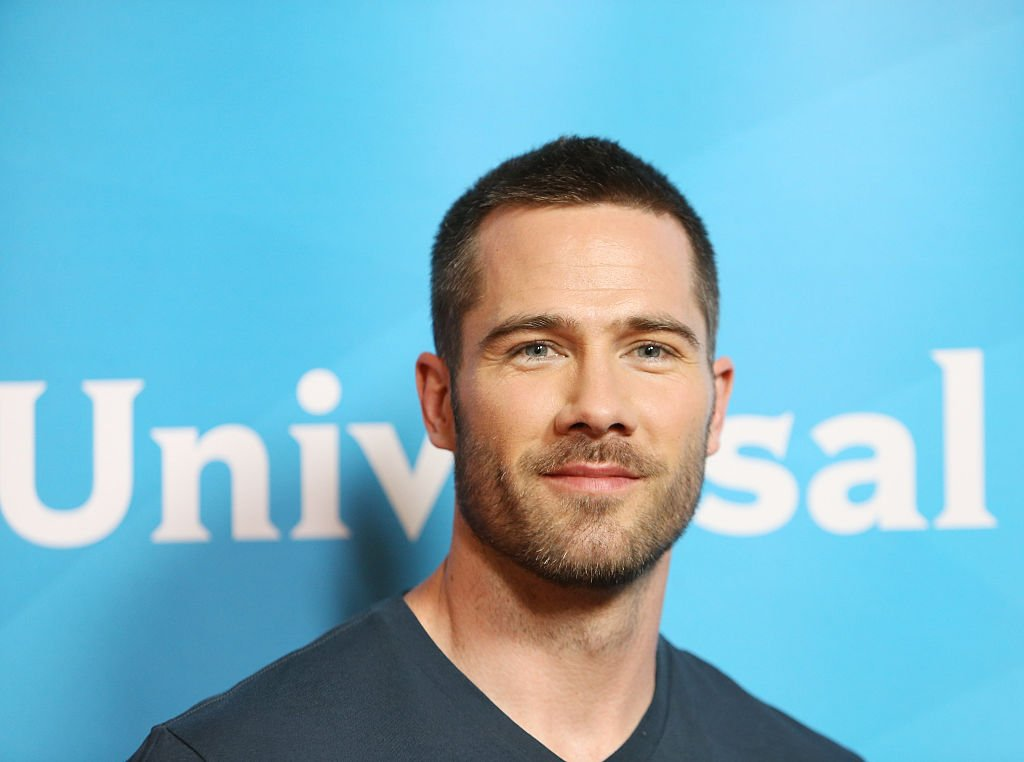 Luke Macfarlane arrives at the 2015 NBCUniversal Summer press day held at The Langham Huntington Hotel and Spa on April 2, 2015. | Photo: Getty Images