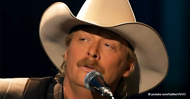 Video of Alan Jackson Singing 'The Old Rugged Cross' Gives Old-School Gospel Vibes to This Day