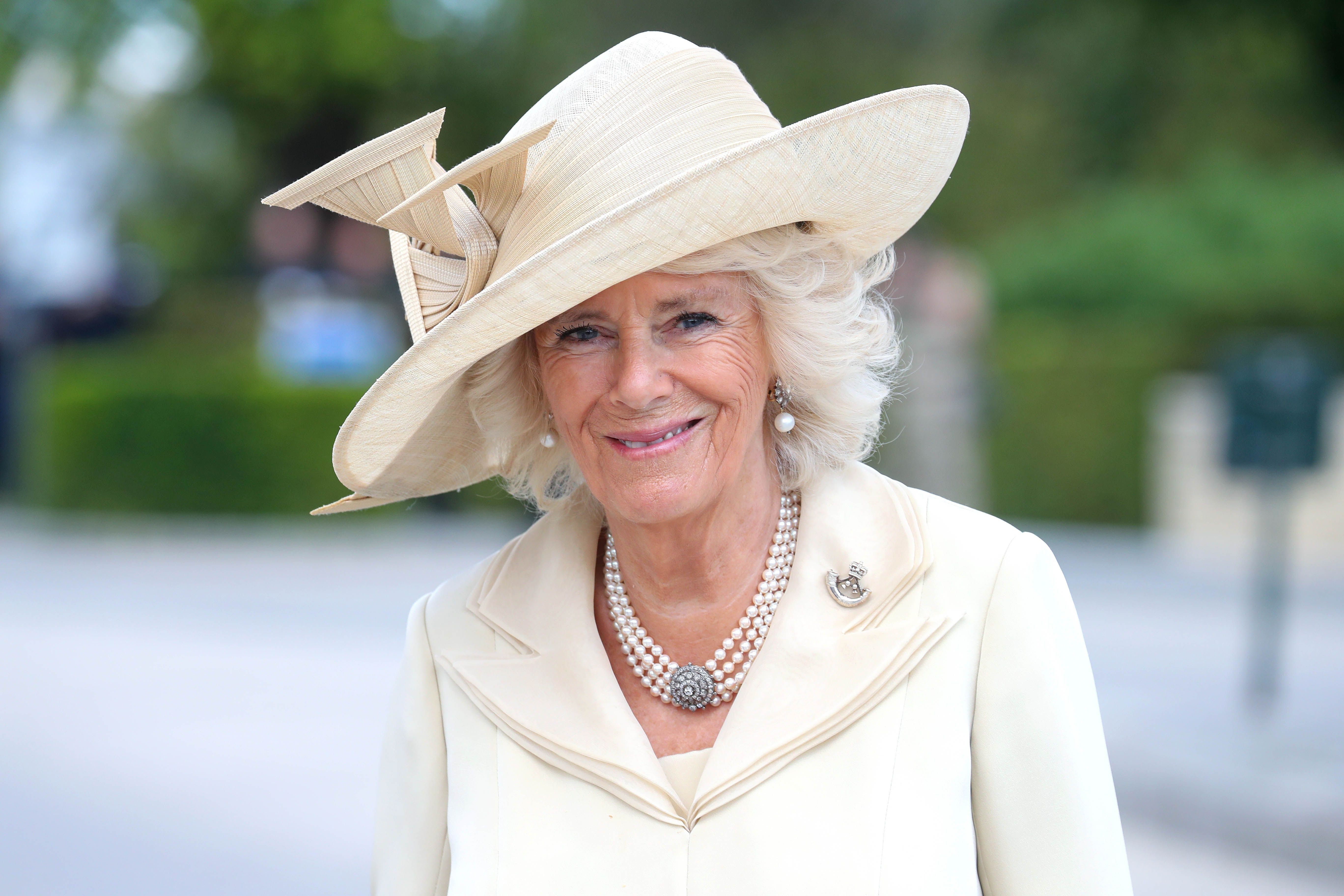 Camilla, Duchess of Cornwall at Bayeux War Cemetery on June 06, 2019 | Photo: Getty Images