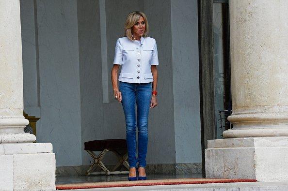 Brigitte Macron dans un slim Jean    Photo : Getty Images