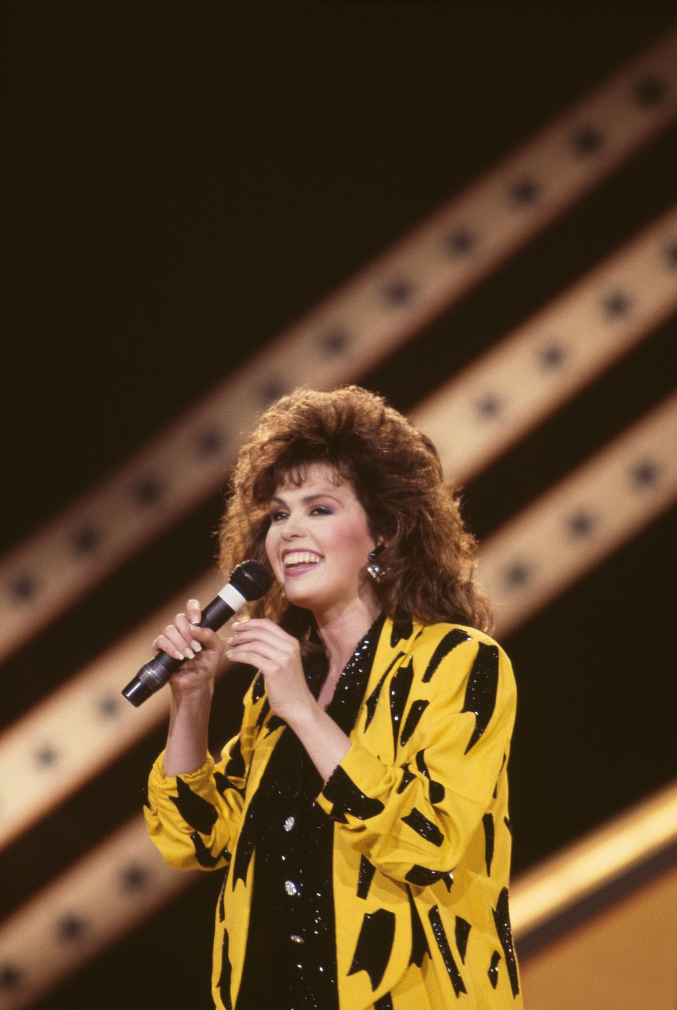 Marie Osmond, US singer and musician at the International Festival of Country Music, London April 1986. |Photo :Getty Images)
