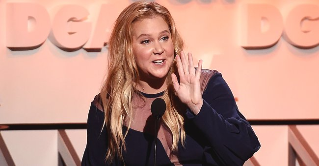 Amy Schumer Points at Her Bosom in Photo & Says It Should Be Nominated for a SAG Award