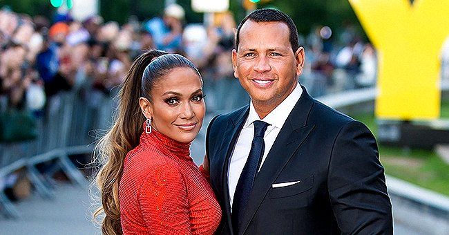 Alex Rodriguez and Jennifer Lopez Watch 'World of Dance' While Cozied up to Kids in a Sweet Snap