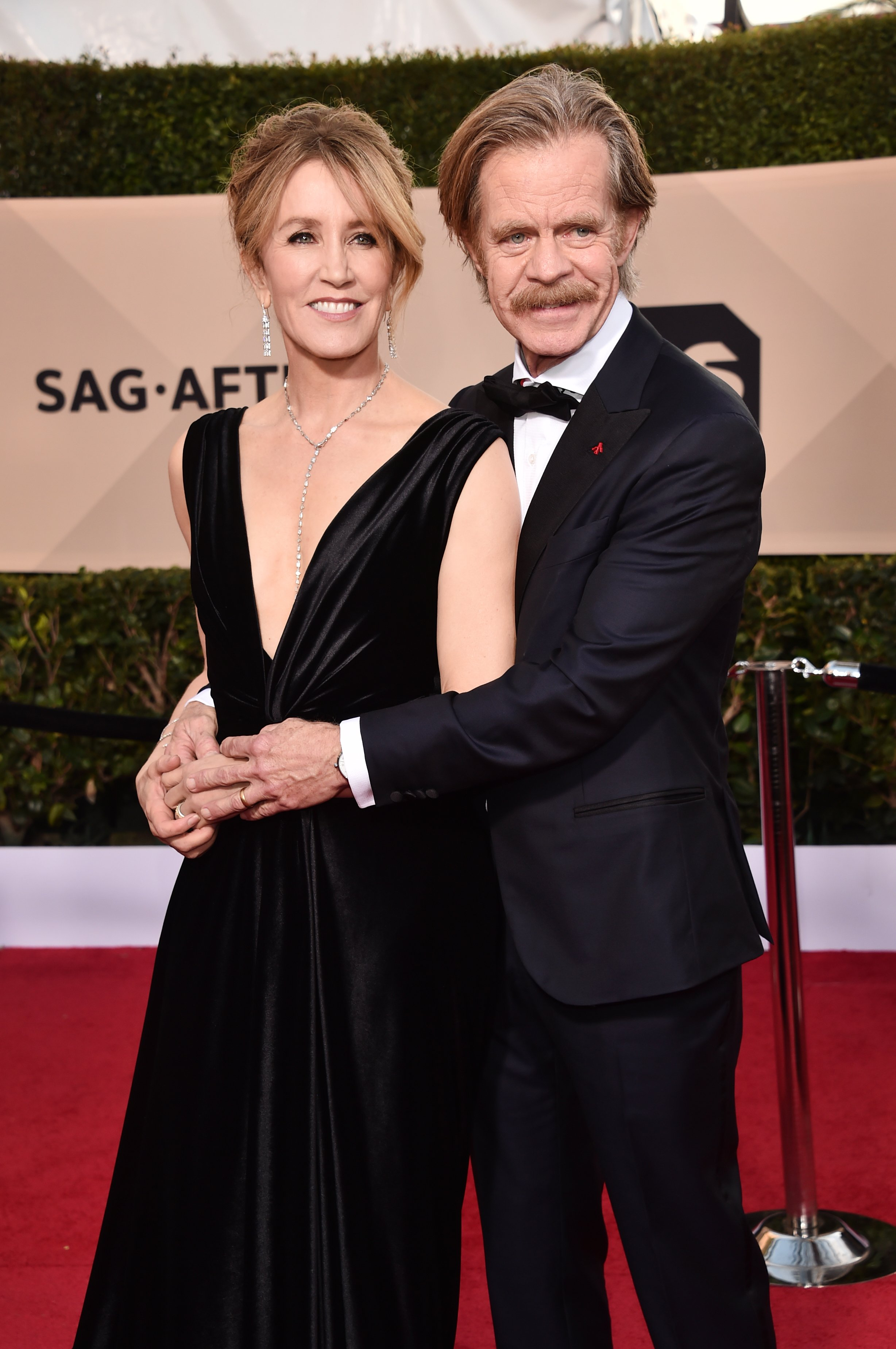 Felicity Huffman and William H. Macy at the 24th Annual Screen Actors Guild Awards on January 21, 2018 | Photo: GettyImages