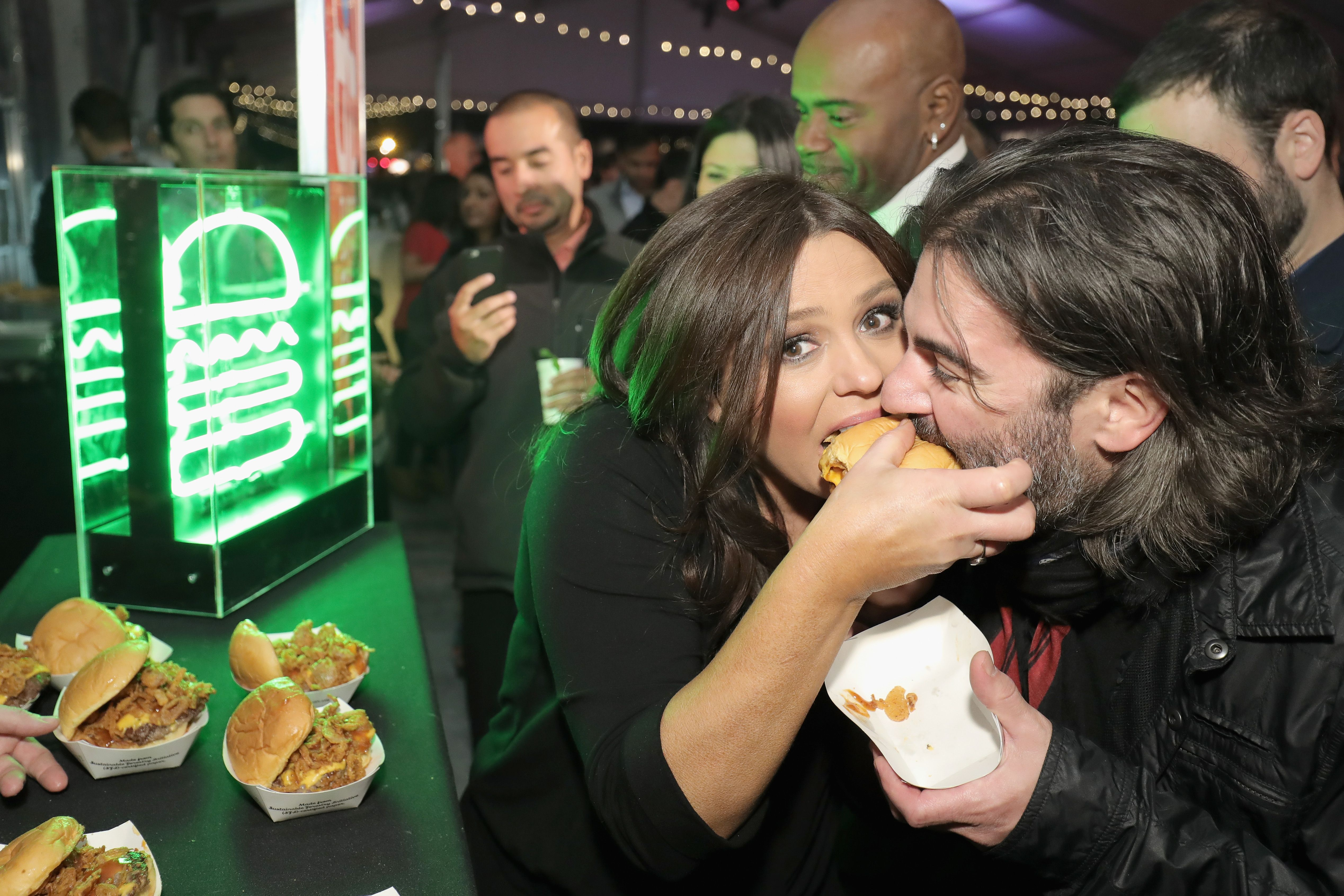 Rachael Ray and John Cusimano at the Food Network & Cooking Channel New York City Wine & Food Festival in 2016. | Photo: Getty Images