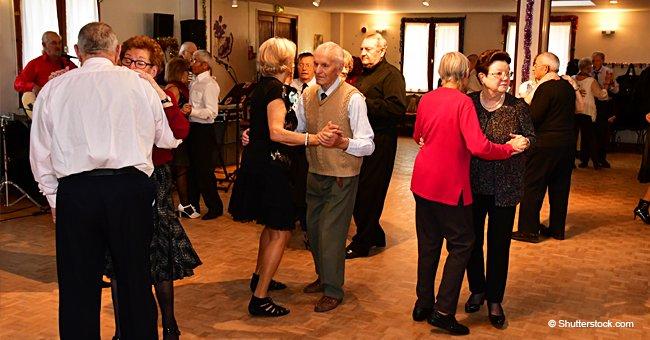 Des retraités, âgés de 65 à 80 ans, se sont rassemblés  à Dieppe le jour de la Saint-Valentin pour danser.