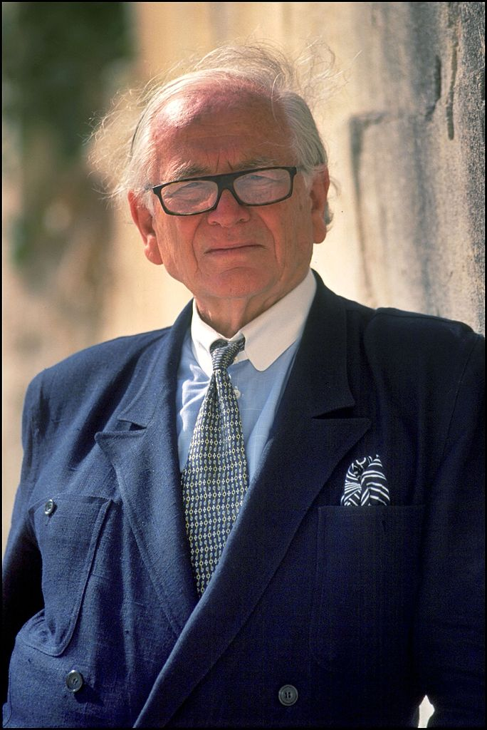 Le designer Pierre Cardin | source : Getty Images