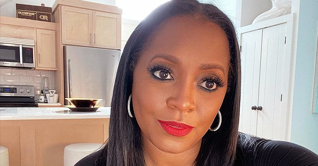 Keshia Knight Pulliam from 'The Cosby Show' Stuns in a Beautiful Selfie Posing with Red Lips