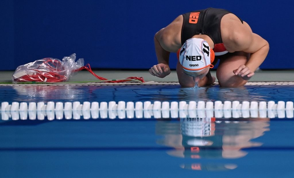 I can see my victory in the crystal clear water! l Photo: Getty Images/Angela Weiss