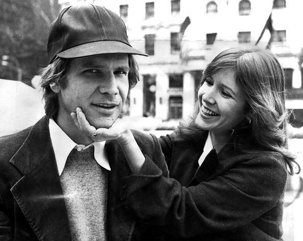 Harrison Ford and Carrie Fisher on Fifth Ave outside The Plaza hotel | Photo: Getty Images