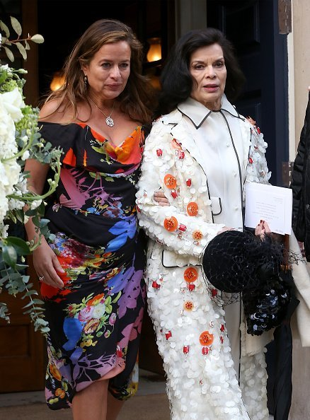 Jade Jagger and Bianca Jagger at Spencer House on March 5, 2016 in London, England. | Photo: Getty Images
