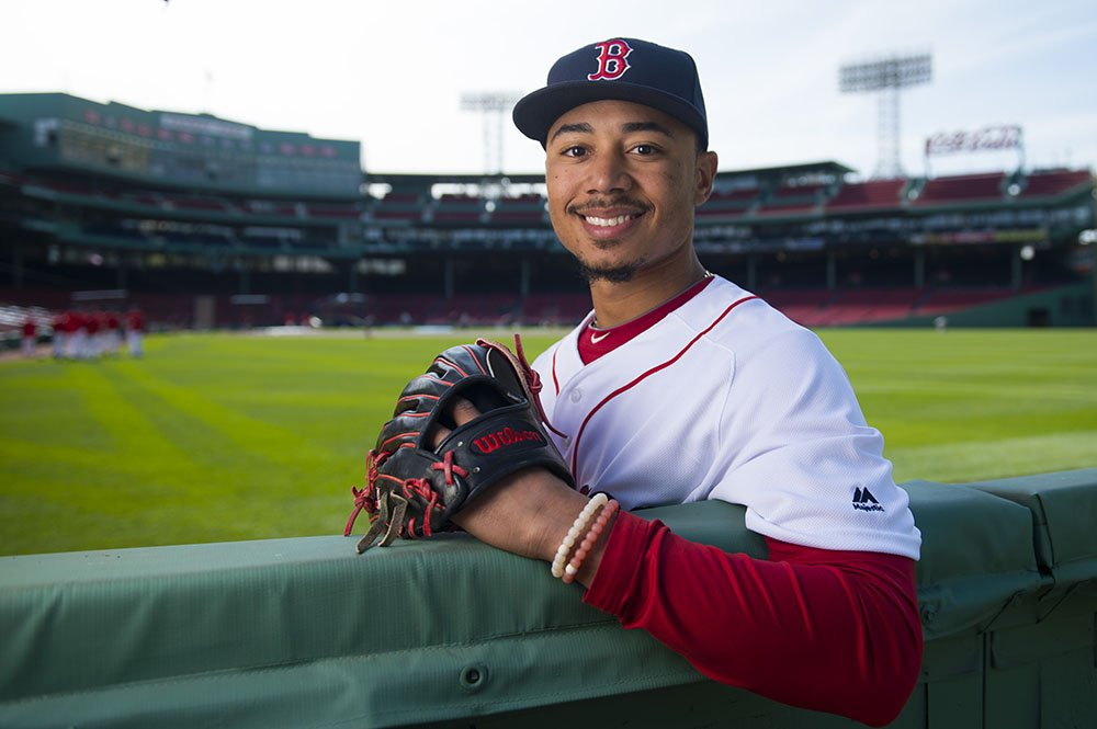 Mookie Betts poses for a photograph in right field on April 28, 2016 at Fenway Park in Boston, Massachusetts. | Image: Getty Images.