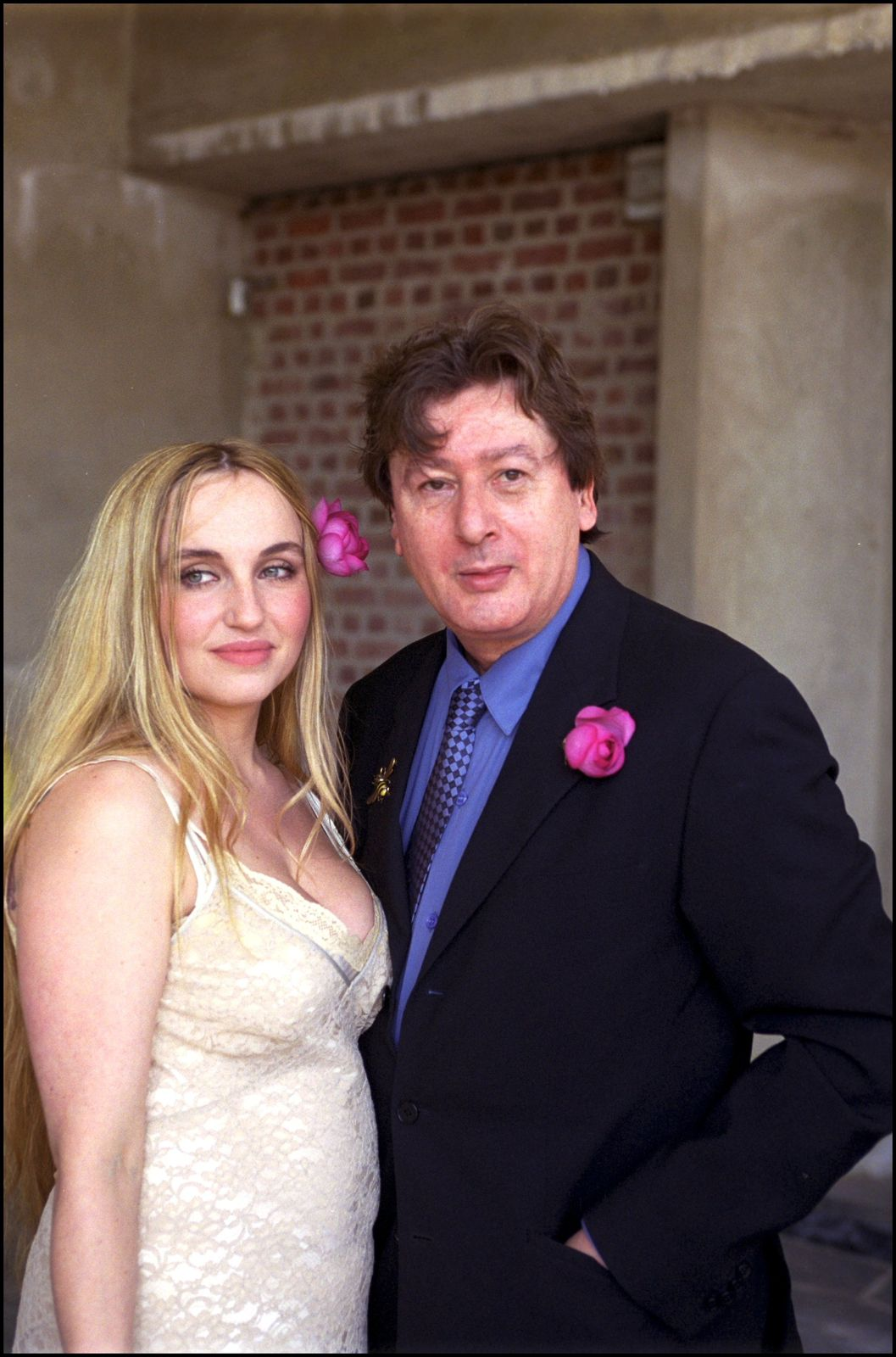 Le chanteur Alain Bashung et sa femme Chloé Mons | Photo : Getty Images