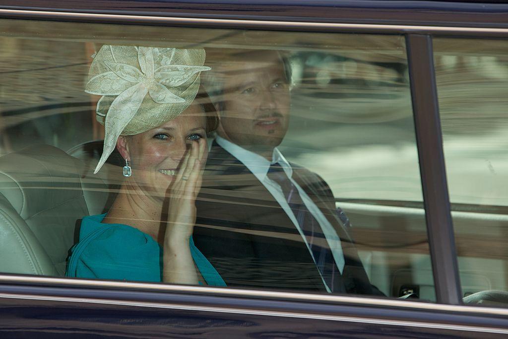 La princesa Märtha Louise de Noruega y Ari Behn llegando a la catedral de Oslo el 31 de mayo de 2012 en Oslo, Noruega. | Imagen: Getty Images
