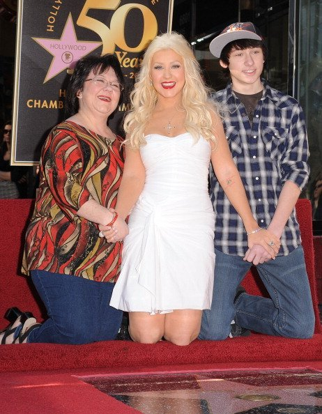 Singer Christina Aguilera, her mother Shelly Loraine Fidler and brother celebrate as she is honored on The Hollywood Walk Of Fame on November 25, 2010, in Hollywood, California. | Source: Getty Images.