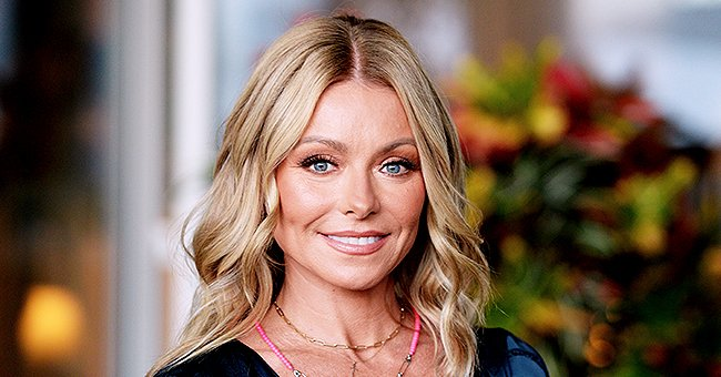 Kelly Ripa Shared Throwback Pic with Husband Mark Consuelos and Their Look-Alike Kids on Thanksgiving