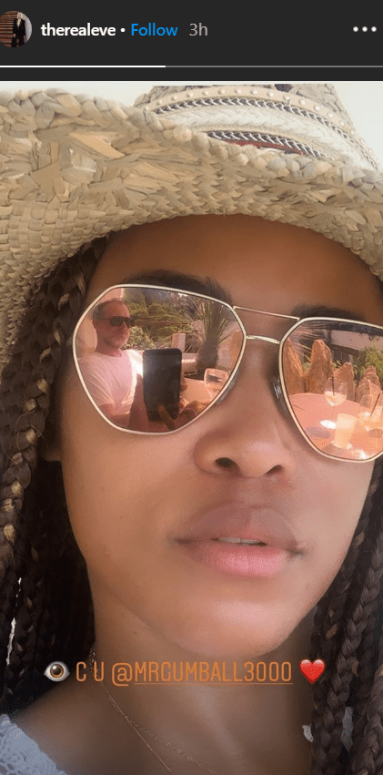 Eve took a selfie wearing tinted sunglasses that showed the reflection of her husband Maximillion Cooper | Source: Instagram.com/therealeve