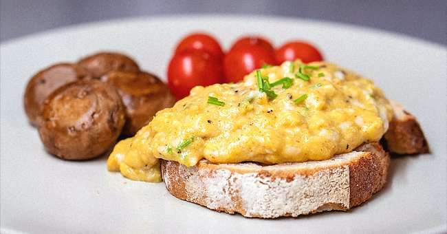 Famous Chef Shares Secret to the Perfect Scrambled Eggs