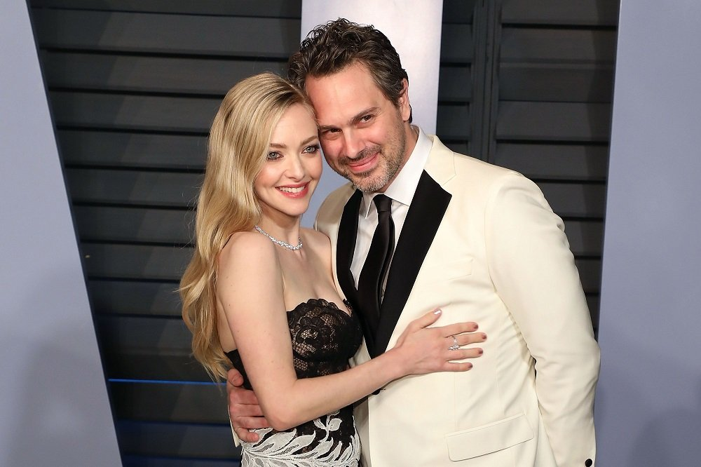 Amanda Seyfried and Thomas Sadoski attending the 2018 Vanity Fair Oscar Party in Beverly Hills, California, in March 2018. | Image: Getty Images.