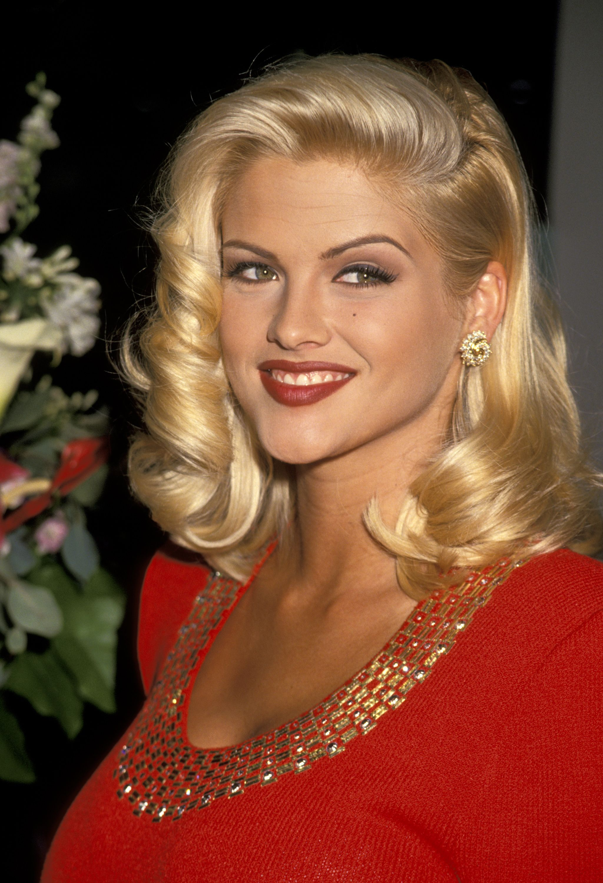 Anna Nicole Smith at the Video Software Dealers Association Convention in Las Vegas in 1993 | Source: Getty Images