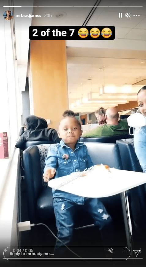 Keshia Knight Pulliam's daughter, Ella during a dinner date with her and her fiancé Brad James | Photo: Instagram.com/mrbradjames